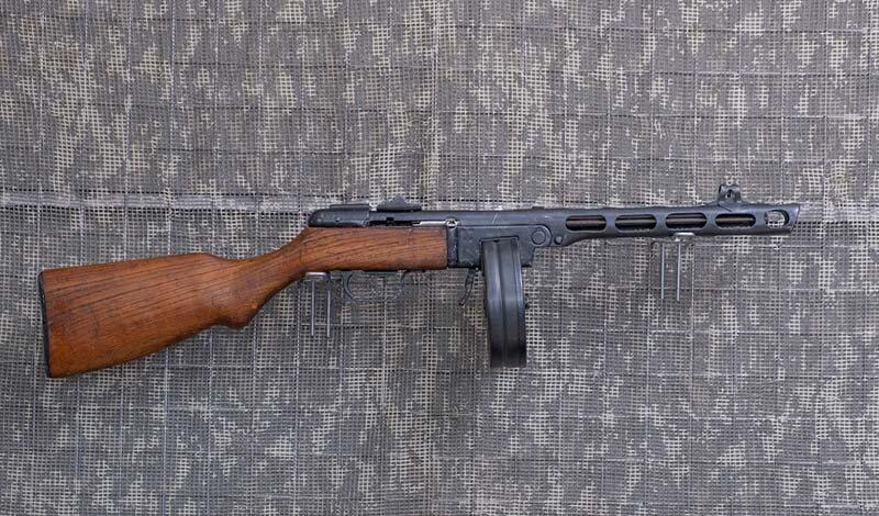 7,62 mm.-Pistolet maszynowy PPSZ 43