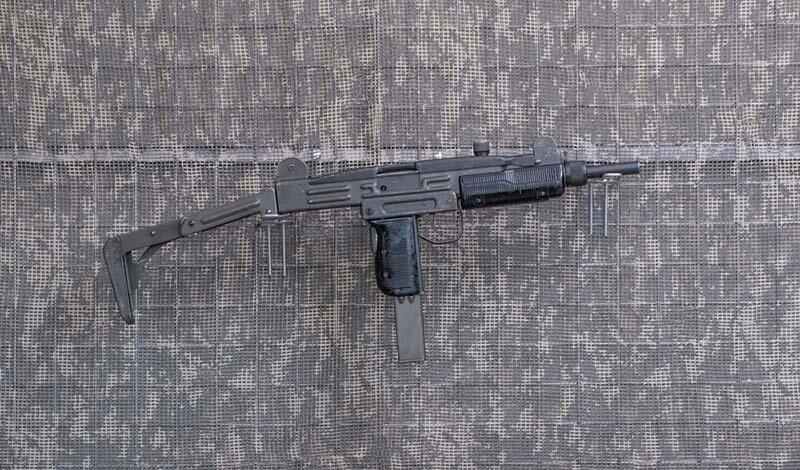 9 mm.-Pistolet maszynowy-UZI
